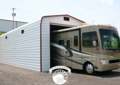 enclosed_motorhome_garage_lg-179-700-440-80-c-rd-255-255-255-wm-center_bottom-100-Watermark3png